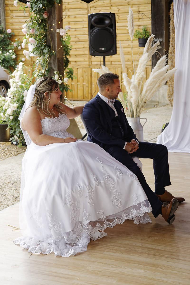 Des mariés heureux et sereins